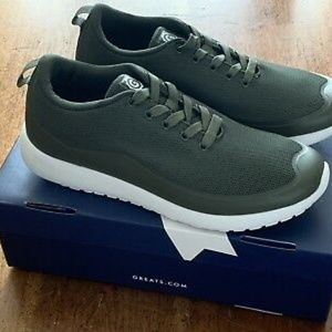 GREATS green sneakers size 9. NWT. Originals. OBO